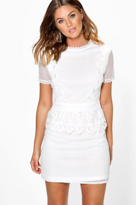 boohoo-lace-dress