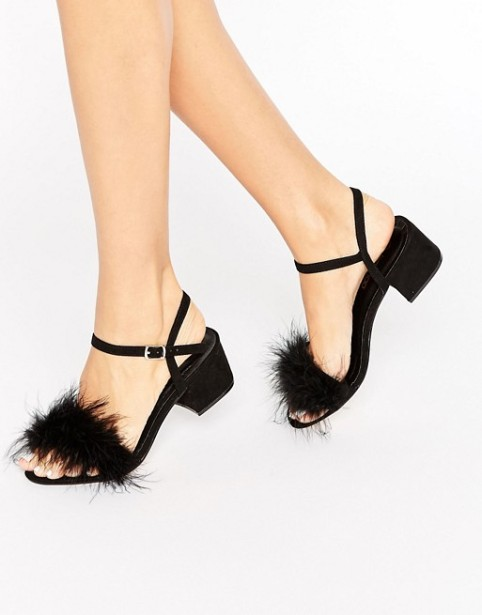 fluffy-sandals